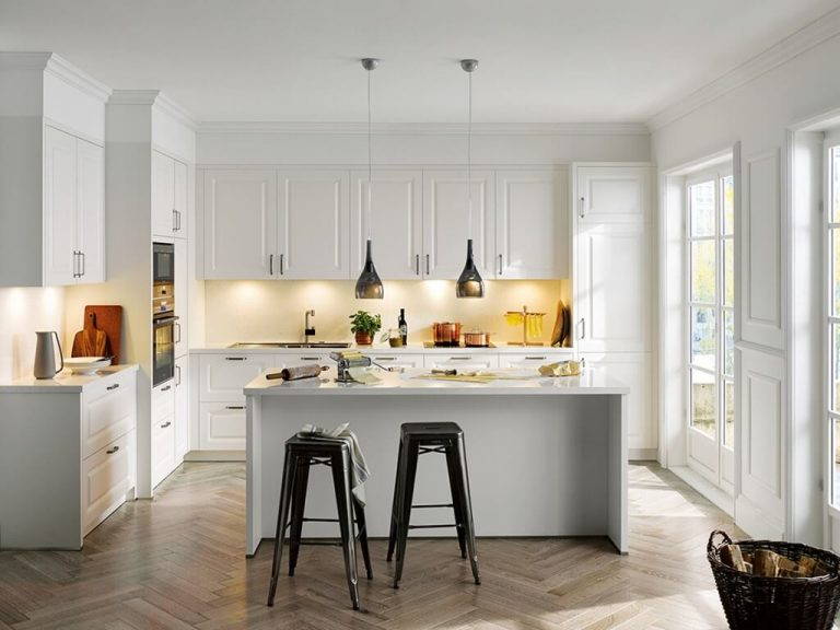 Schüller Riva Kitchen je kuchyňa, kde sa každý cíti doma.
